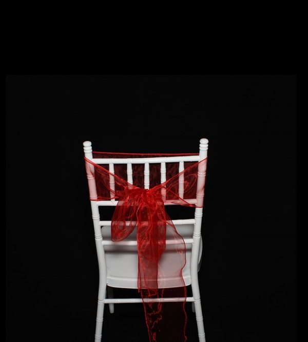 2.75m x 18cm Organza – Red (Tiffany chair sold separately)