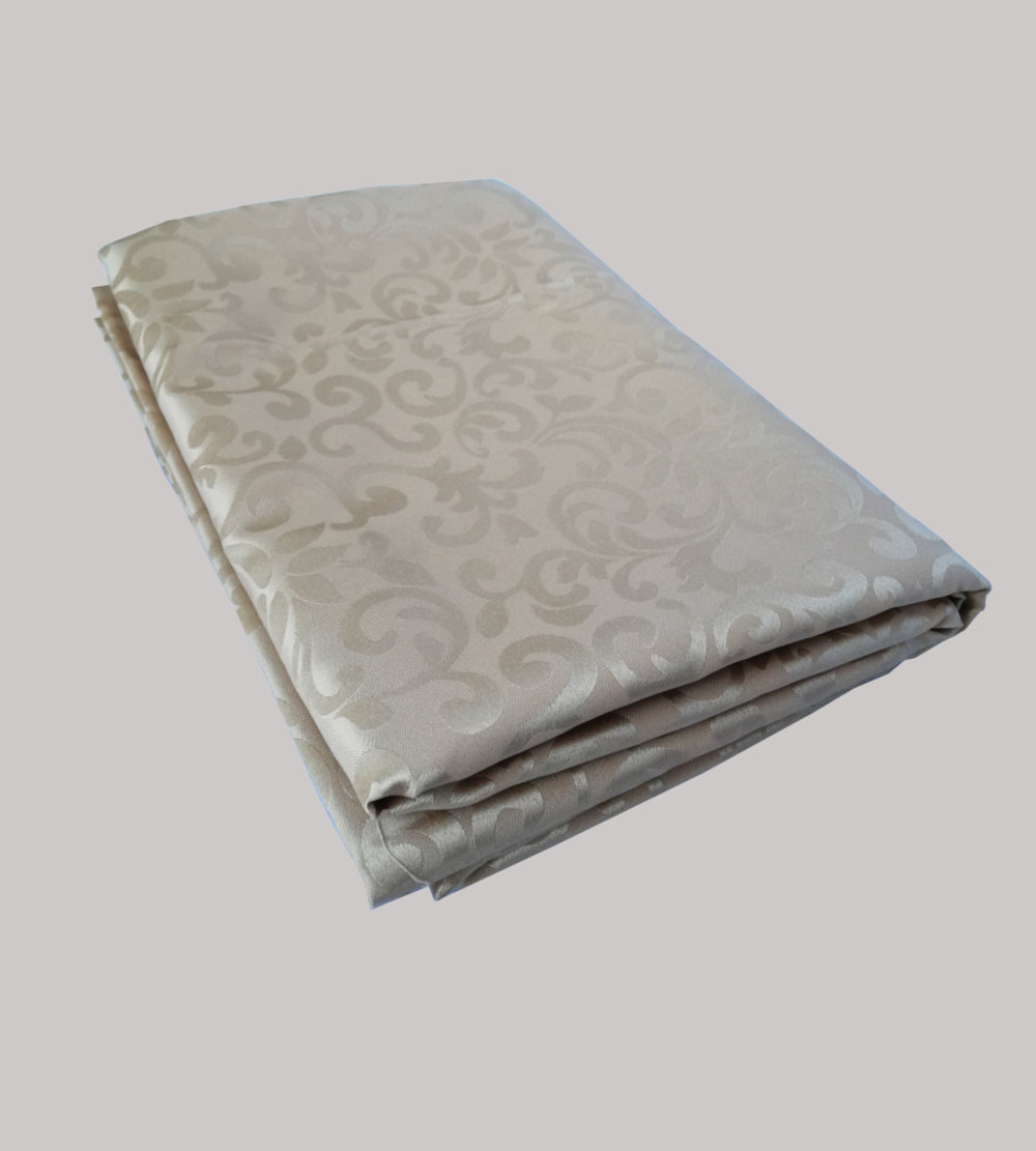 2.2m is for 1.8m Rectangular Table cloth Silver With Pattern